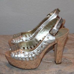 Guess Jarrett 2 Pewter Silver Platform Heels 5.5